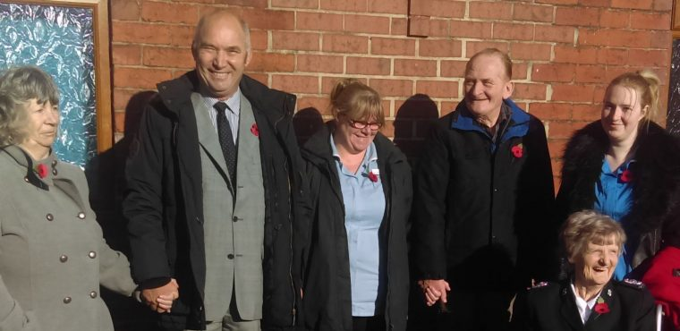 Barnfield residents pay their respects on Remembrance Sunday