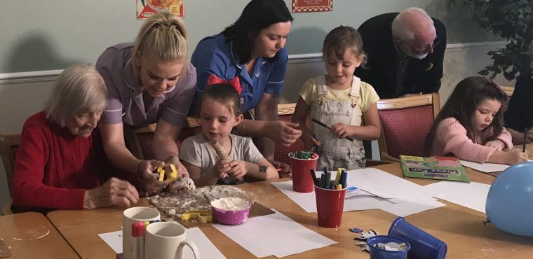 Toddler trip to see Nottingham's elderly care home residents