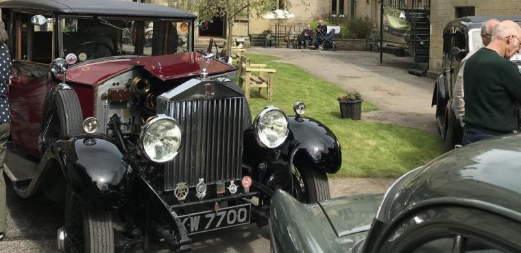 Vintage Motor Show returns to Bakewell