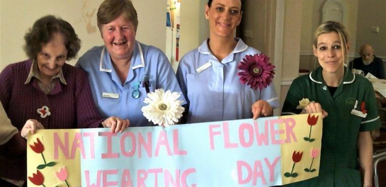 Wear a Flower Day marks Spring at Teesside care home