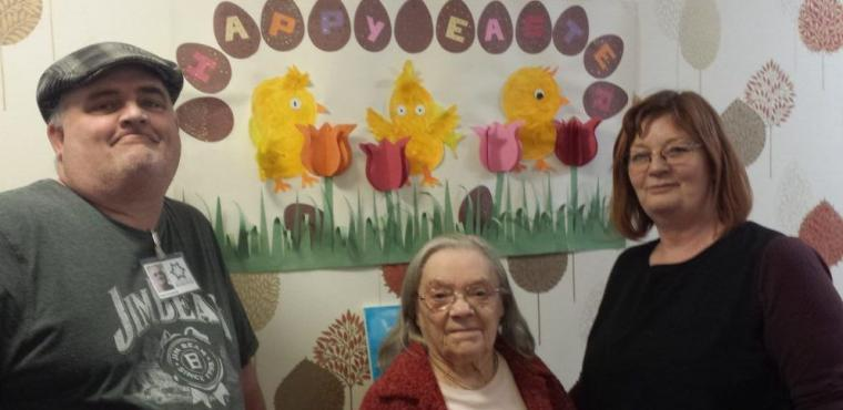 Rotherham community charity boosts creativity at care home