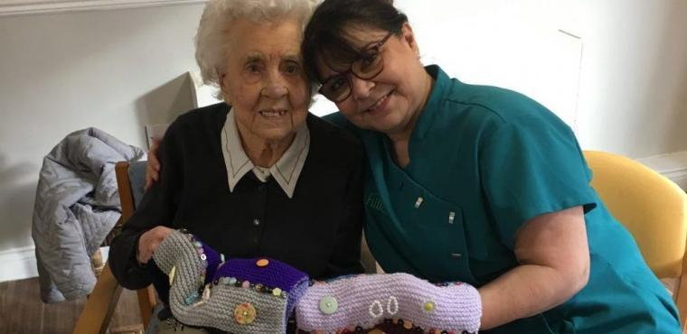 Twiddlemuff donations help Ripon residents with dementia