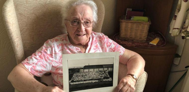 """Angel"" Dora recalls making munitions during WW2"