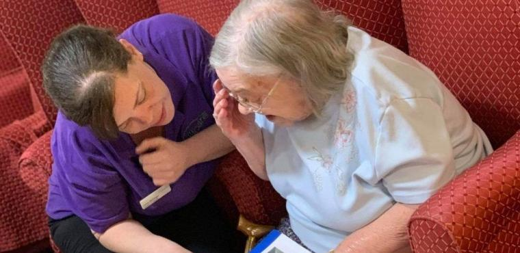 Nonagenarian Jessie surprised with book on her childhood home