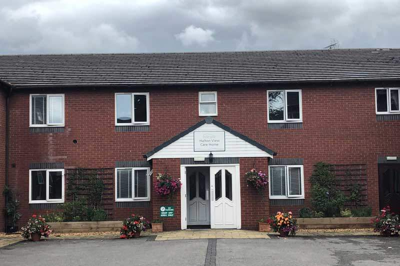 halton view care home Widnes