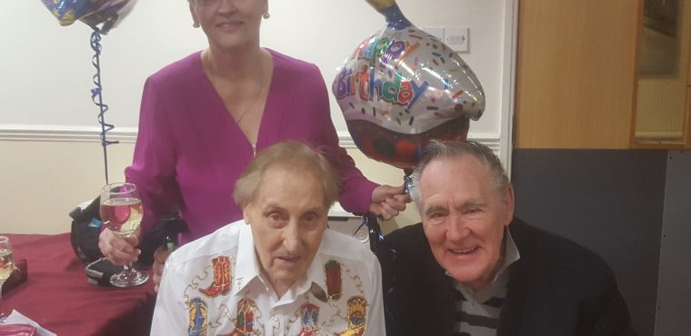 Hartlepool country singer celebrates his 91st birthday
