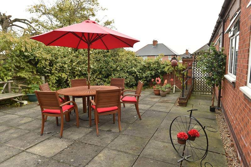 Nottinghamshire home garden