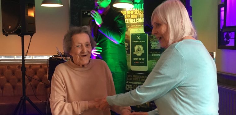 Pub outing for Teesside care home residents