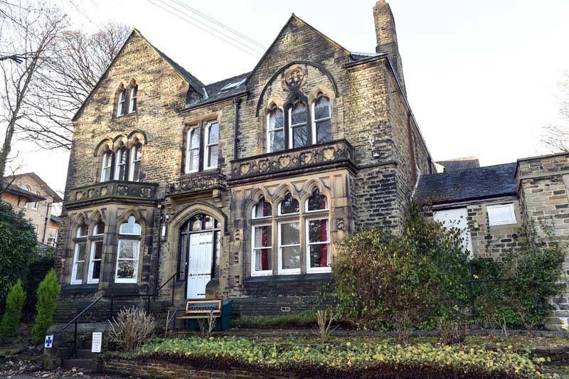 thornhill care home Huddersfield